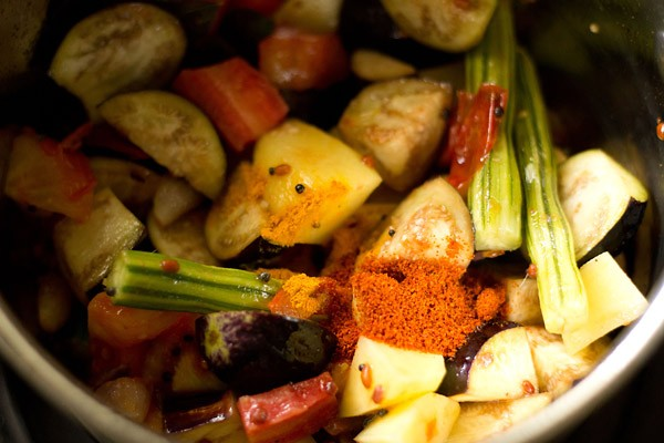 turmeric for veg kuzhambu recipe