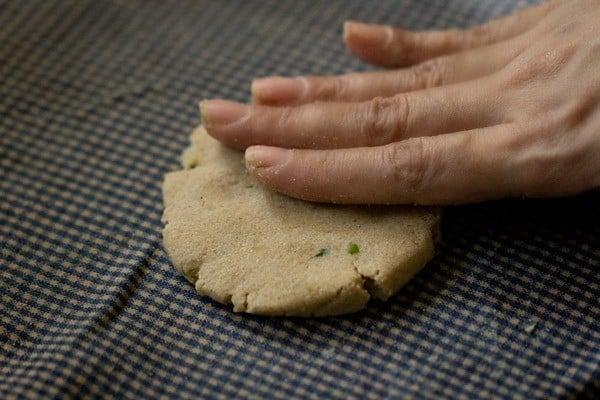 rolling - rajgira paratha recipe