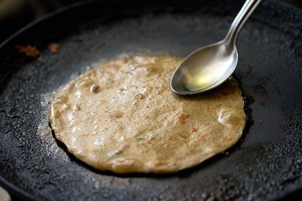 frying - preparing rajgira paratha recipe