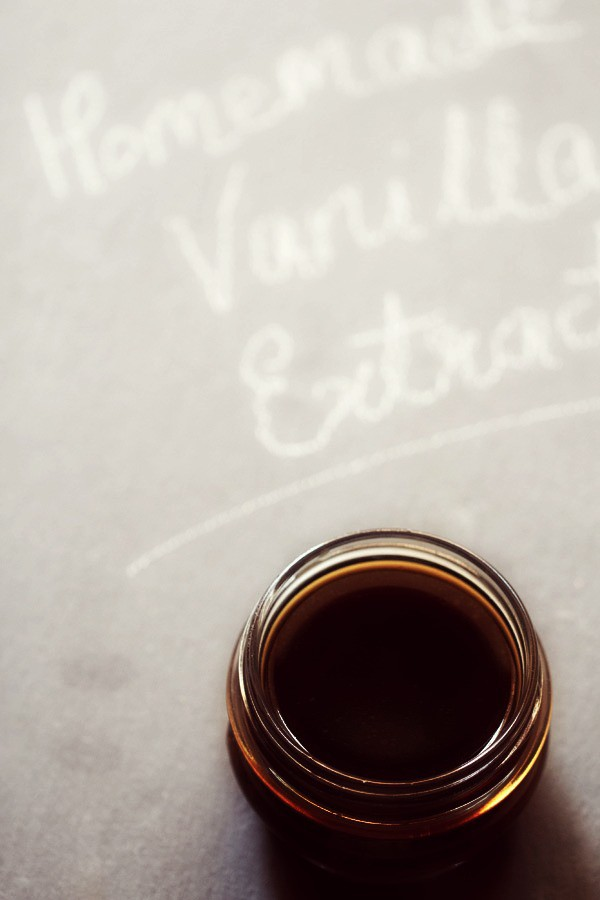 homemade vanilla extract, how to make vanilla extract