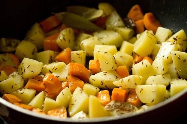 potatoes for Bombay biryani recipe