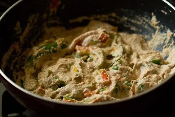 stir capsicum masala