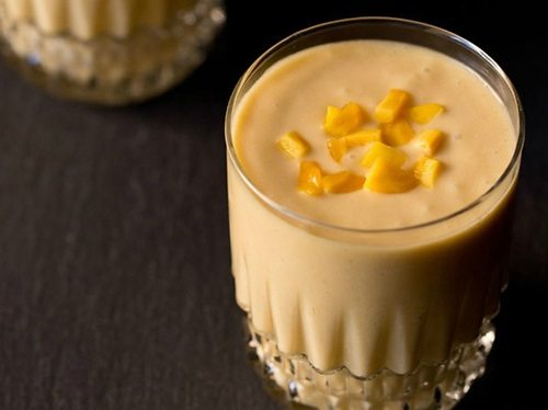 jackfruit shake with coconut milk