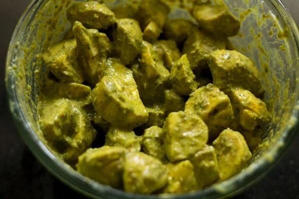 mushrooms for chettinad mushroom biryani recipe