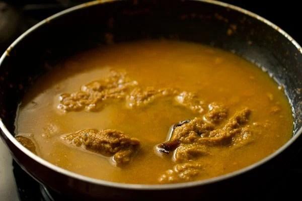 making shorba or sherva gravy