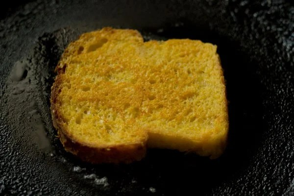 bread for eggless french toasts recipe