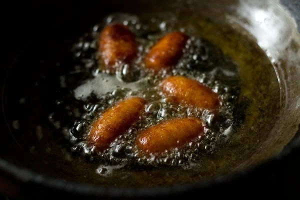frying - kala jamuns recipe