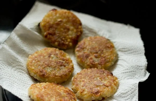 fried sabudana tikki