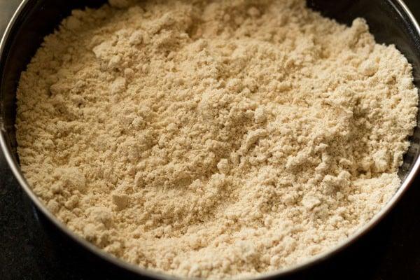 flour for shakkar pare recipe
