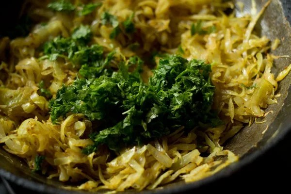 coriander for cabbage paratha recipe