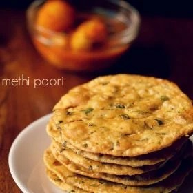 methi poori recipe, methi puri