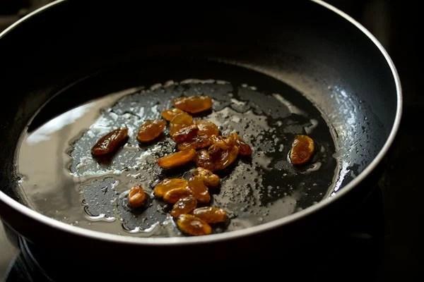 raisins for pineapple payasam recipe