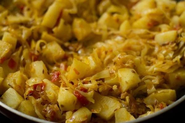 cooking patta gobhi ki sabji