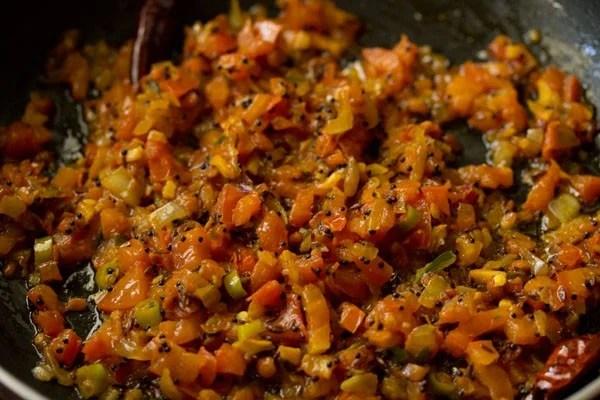 making tomato upma recipe