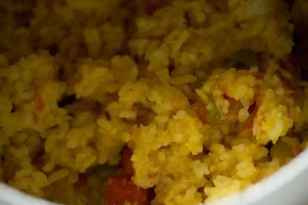 cooking vegetable khichdi