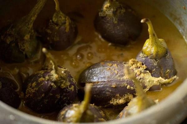 making gutti vankaya recipe