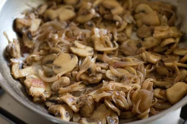 making mushroom stir fry