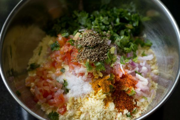 making besan chilla recipe