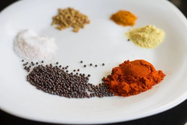 spices kept on a plate