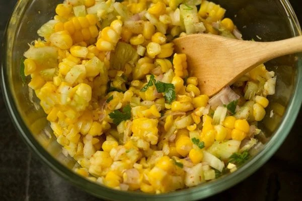 making sweet corn salad recipe