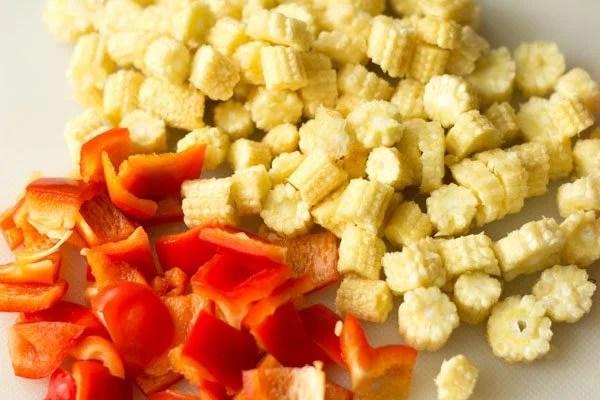 chopped baby corn