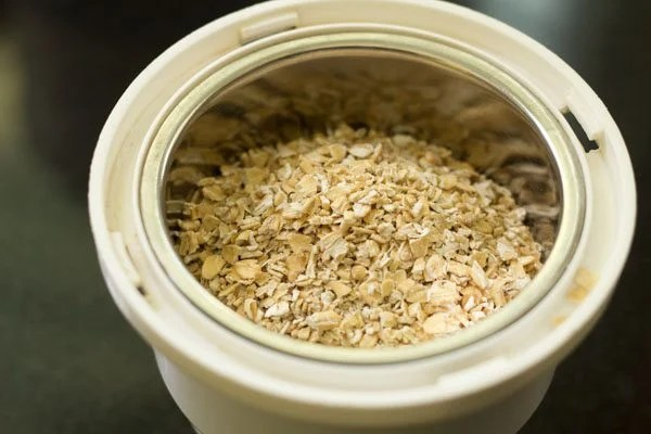 making besan oats cheela recipe