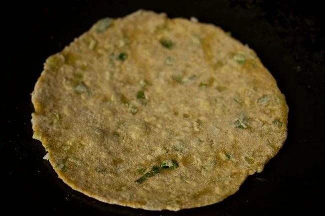 preparing spring onion paratha recipe