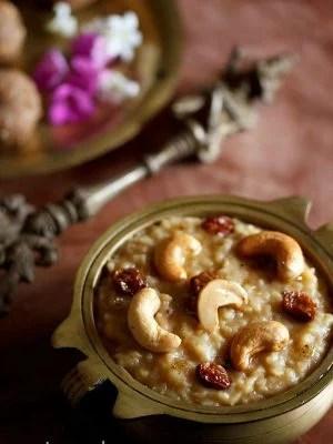 sweet pongal recipe, sakkarai pongal recipe, chakkara pongal recipe, sweet pongal