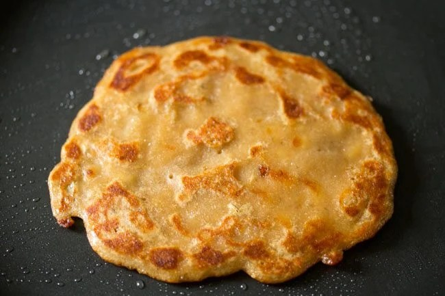 whole wheat banana pancake recipe, eggless banana pancake recipe, egg free banana pancake recipe