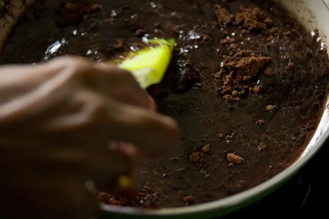 making eggless brownie recipe
