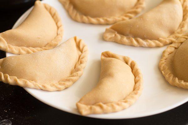 preparing Goan neurios recipe