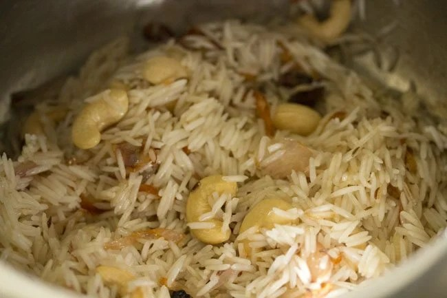 making kaju pulao recipe