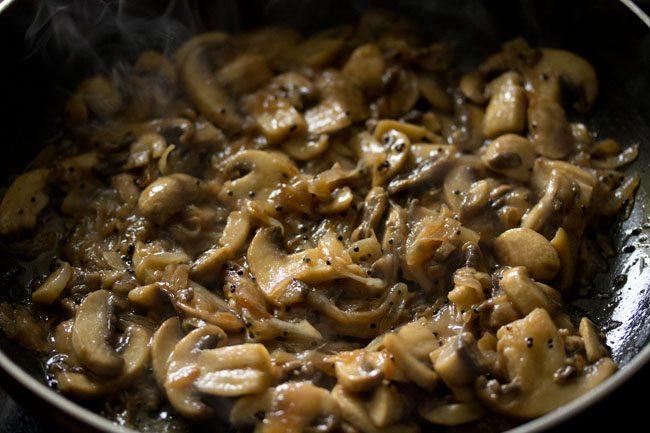 mushroom for preparing mushroom pepper fry recipe