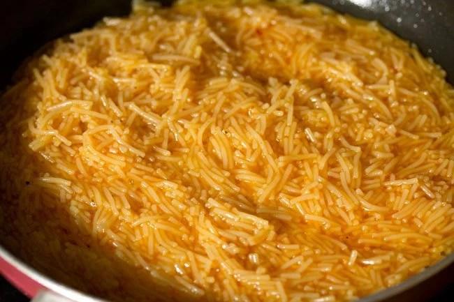 preparing semiya kesari recipe