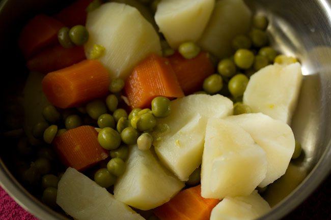 veggie to prepare veg bonda recipe