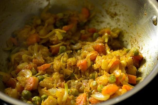 preparing vegetable puff recipe