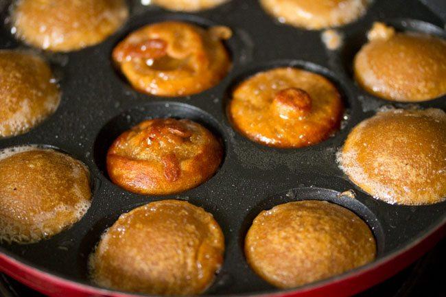 wheat appam recipe, sweet paniyaram recipe with wheat flour, instant wheat paniyaram recipe