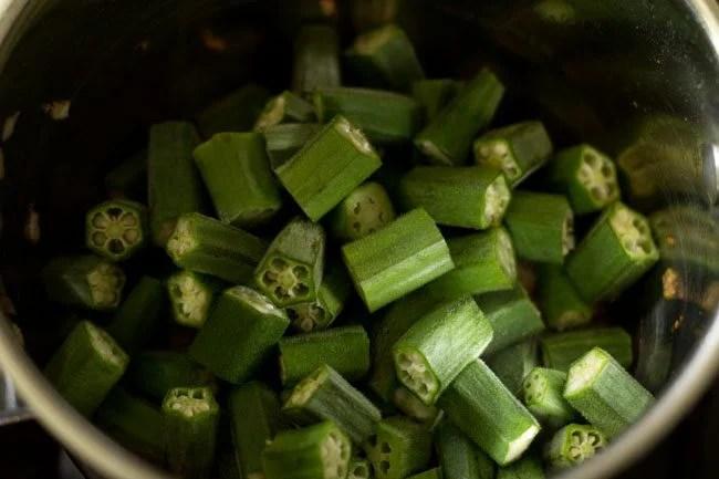okra for bendkaya pulusu recipe