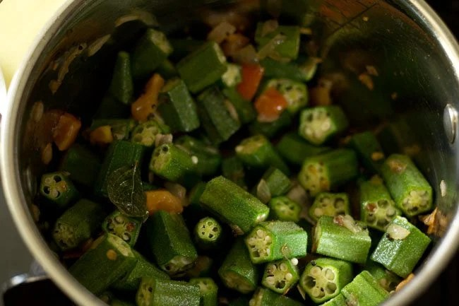 okra for bendkaya pulusu recipe