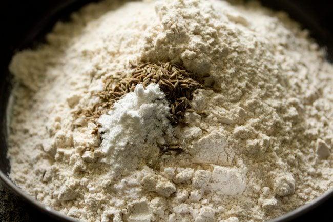 flour for khasta roti recipe