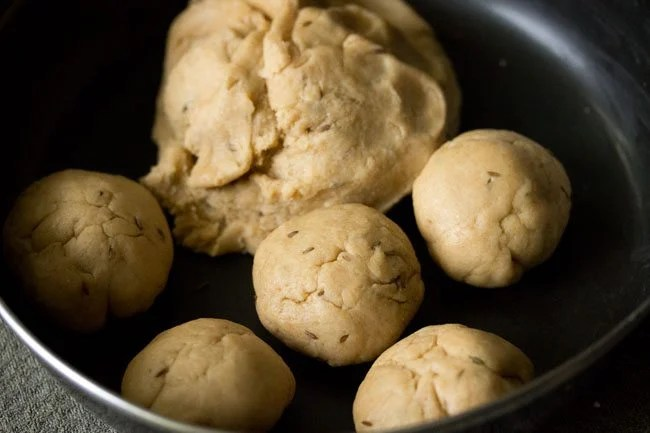 dough balls for khasta roti recipe