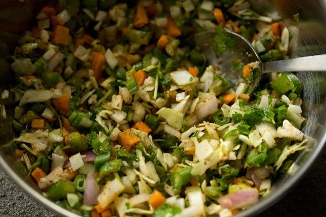 making mix veg pakora recipe