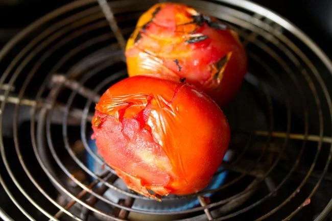 tomatoes for tomato chokha recipe