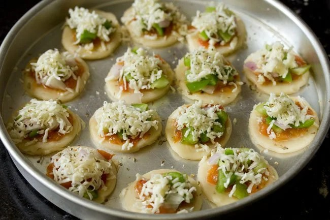 cheese for veg pizza puffs recipe