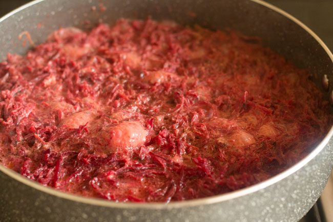 cooking the beetroots in milk for 4 to 5 minutes