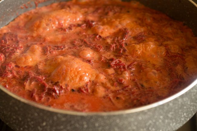 simmer the beetroot halwa