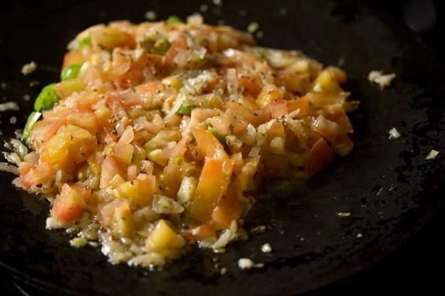 preparing mushroom tawa masala recipe