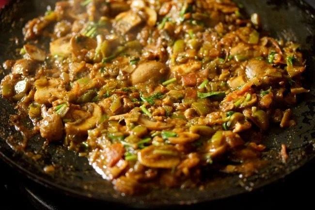 mushroom tawa masala recipe, tawa mushroom