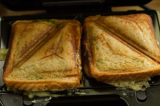 preparing cheese toast sandwich recipe