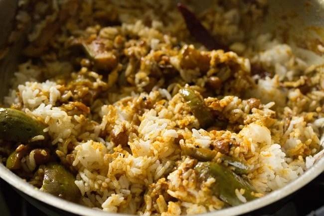 making brinjal rice or vangi bath recipe